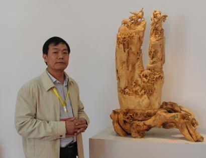 虞定良(中国木雕工艺美术大师)